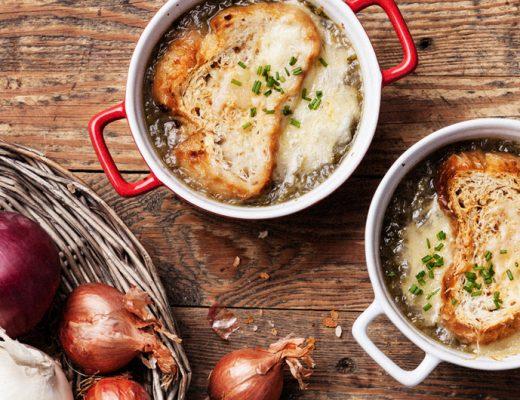 Läcker fransk löksoppa